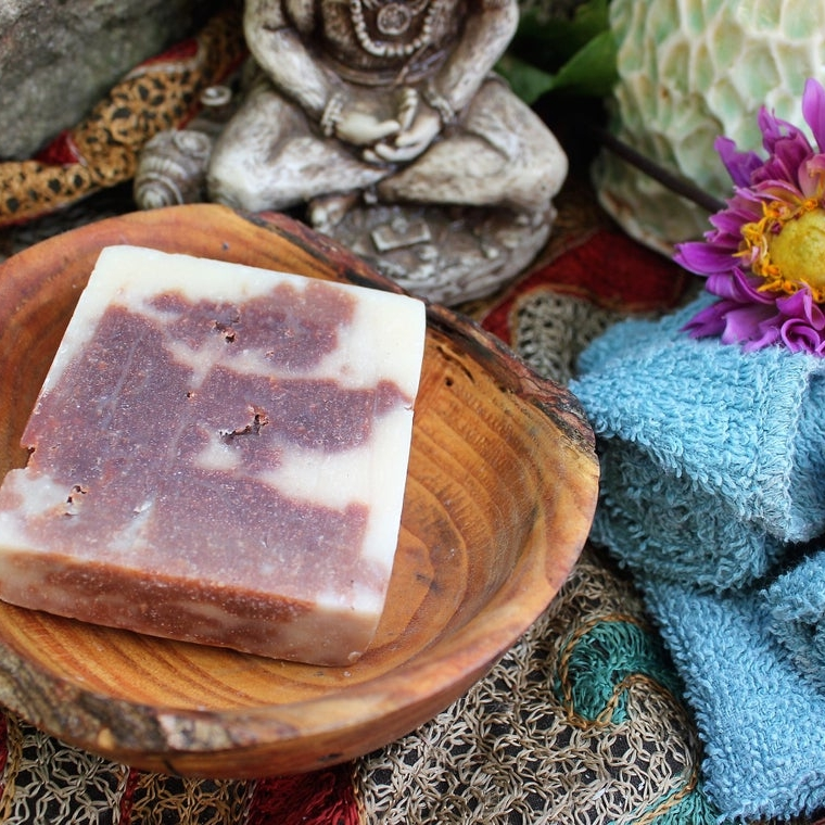 Red Sandalwod Coconut Soap